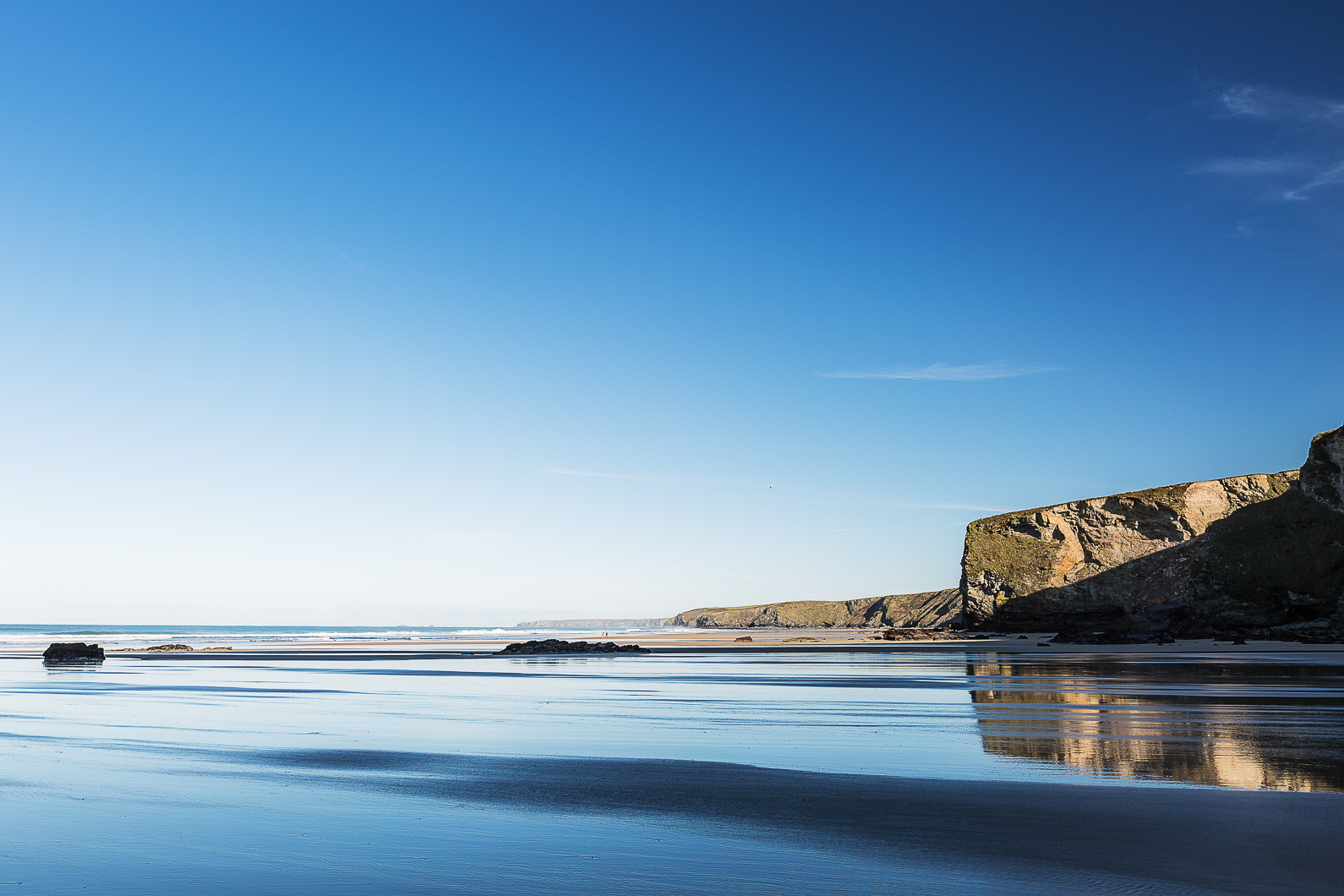 Blue sky at Watergate bay
